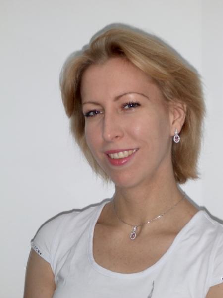 Dr. med. Jana Engel
